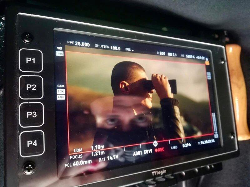 slika sa snimanja serije besa